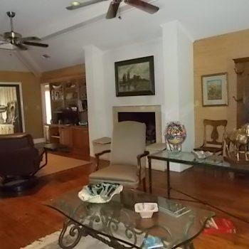 Living-room-1-350x350.jpg