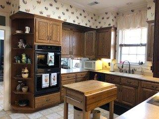 Kitchen-3.jpg