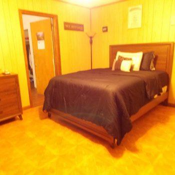 Bedroom-350x350.jpg