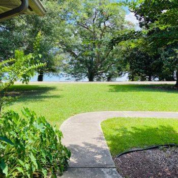 Front-yard-to-Lake-Chicot-350x350.jpg